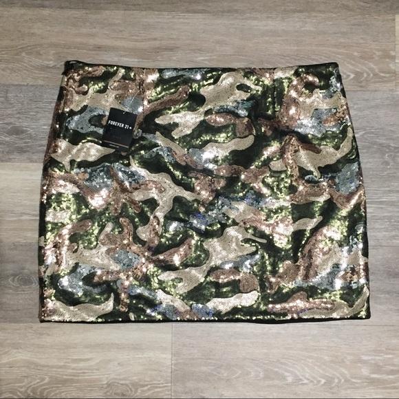7121901c948 Forever21 Plus Size Sequin Camo Mini Skirt